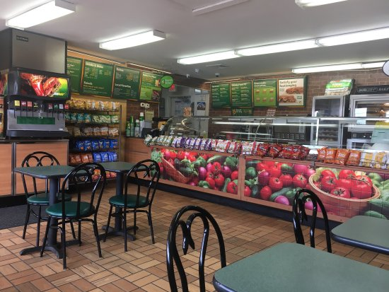 Spring Hill, TN: Inside counter