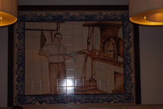 Azulejos internos picture of restaurante casa vidal for Azulejos restaurante