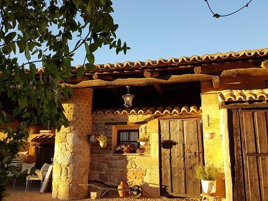 Galindo y Perahuy, สเปน: el corralon de perahuy