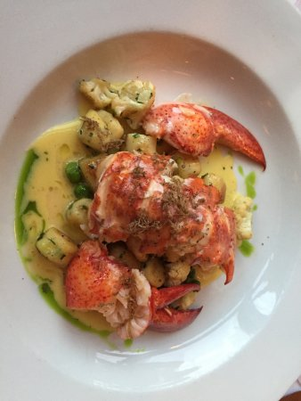 Back Bay Grill: Lobster!!!
