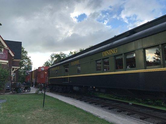 Potret Train Station Inn