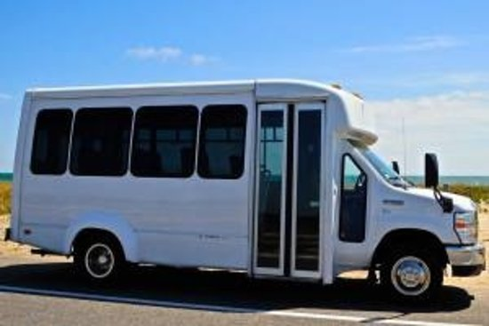 Oak Bluffs, MA: Experience Martha's Vineyard on our mini-busses & passenger vans!