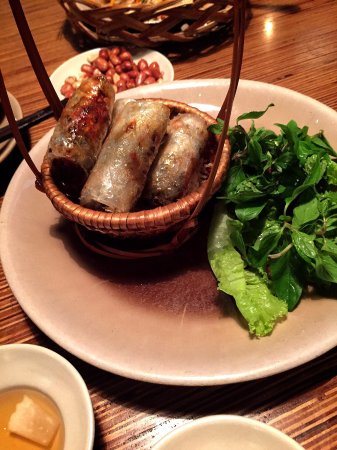Cau Go Vietnamese Cuisine Restaurant: photo0.jpg