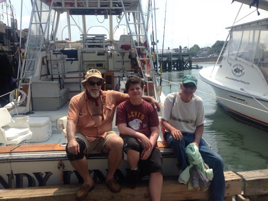 Plymouth, MA: A Great Day of Catching Fish on The Andy Lynn II