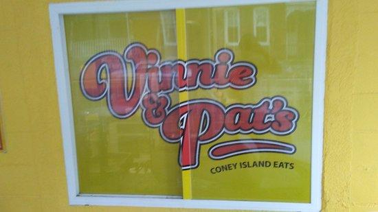 Elizabethtown, Pensylwania: Vinnie & Pat's Coney Island Eats