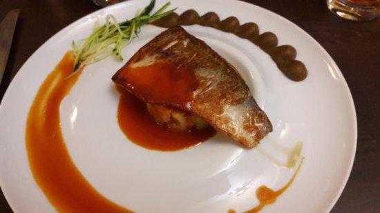 20170604 141729 photo de au pr d 39 chez vous for Restaurant cremieu