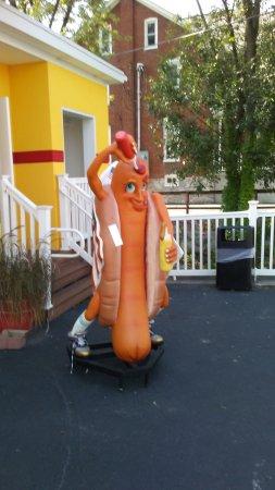 Elizabethtown, Pensylwania: The Hot Dog Guy