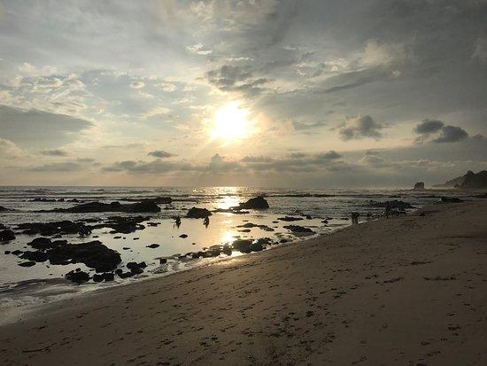 Latitude 10 Beachfront Resort: photo0.jpg
