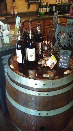 Twisted Vine Winery: More gift section