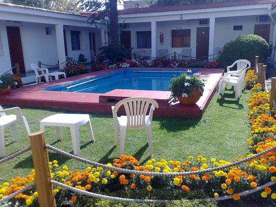 Petit hotel salta argentine voir les tarifs 9 avis et for Hotel petit prix