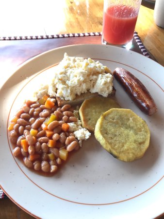 Eagle View, Mara Naboisho: Food served at eagle view