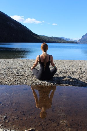 Estancia Peuma Hue: yoga at the beach