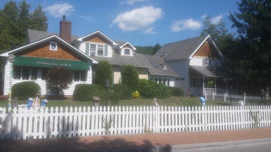 Banner Elk, Carolina del Norte: Azalea Inn B&B