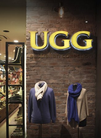 UGG Australian Collection