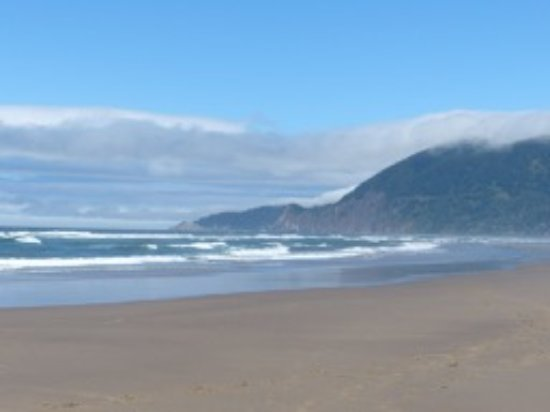 Nehalem, OR: Beautiful beach (Cold in August).. . . amazing memories