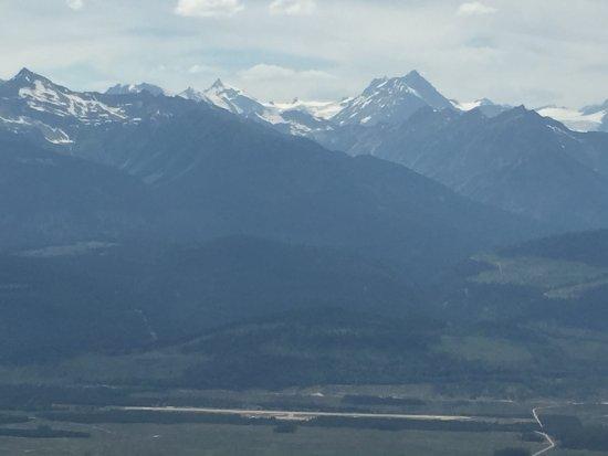 Mountains behind Valemount