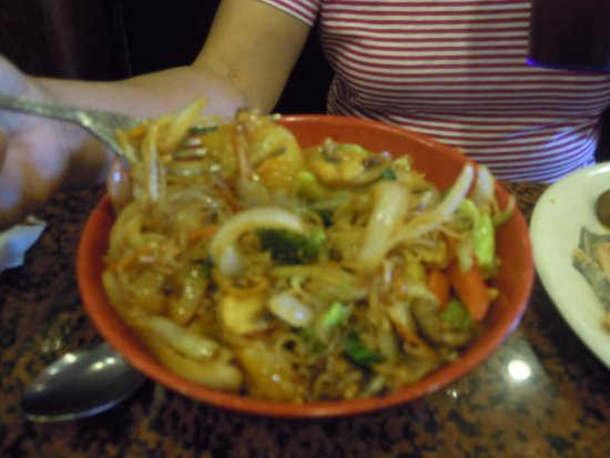 Her Stir Fry Picture Of Chow Time Grill And Buffet Panama City