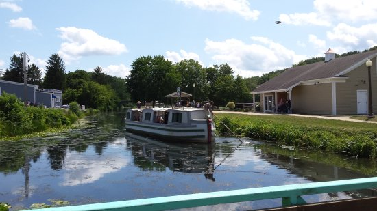 St. Helena III Canal Boat Rides