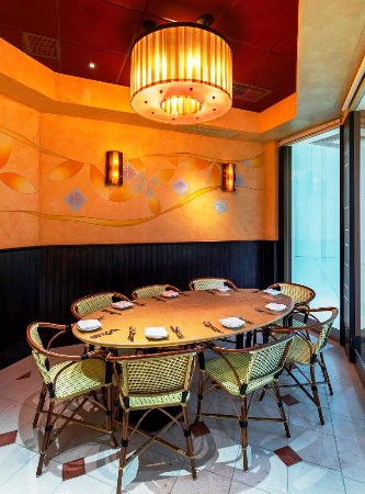 The cheesecake factory hong kong 25 canton road tsim for Best private dining rooms hong kong