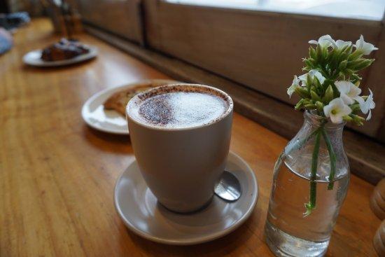 Maroubra, Australia: hot chocolate
