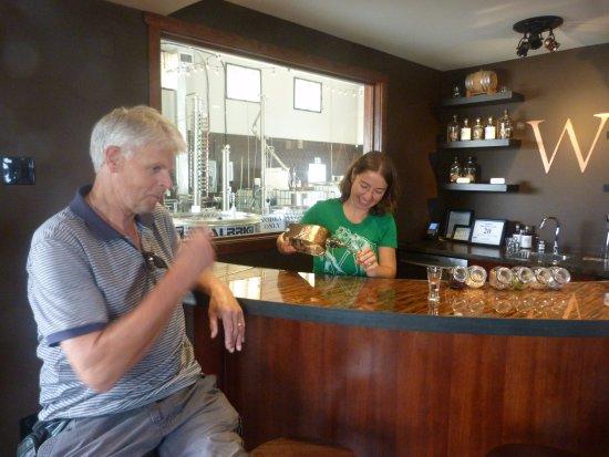 Cumberland, Canadá: Wayward Distillery
