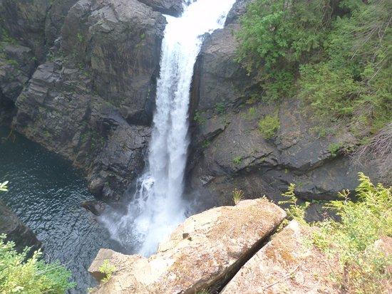 Cumberland, Kanada: Elk Falls