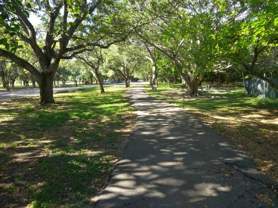 North Miami Beach, FL: Playground, trail areas