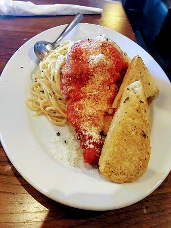 Дорал, Флорида: Chicken parmesan, cheese steak, steak, chicken club