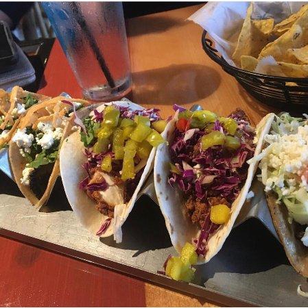 Saint Charles, MO: Great Variety of Tacos