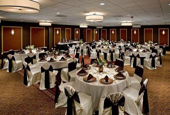 Palatine, IL: Ballroom