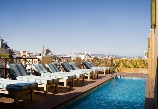 Outdoor pool picture of cotton house hotel autograph for Pool show barcelona