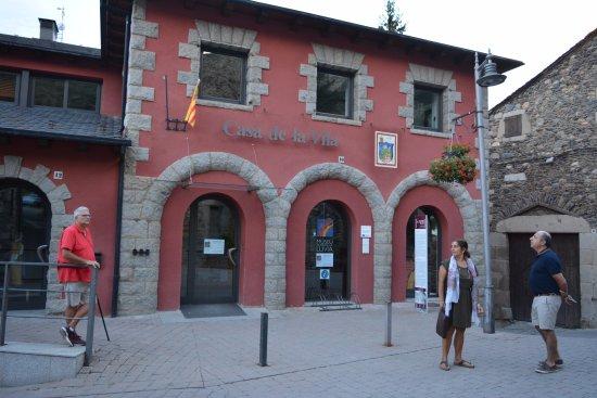 Llivia, Spain: Frente del museo