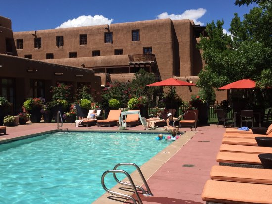 Inn and Spa at Loretto: pool area with balcony rooms in the background