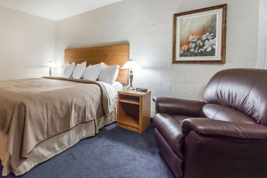 Grand Falls, Kanada: Guest room with queen bed
