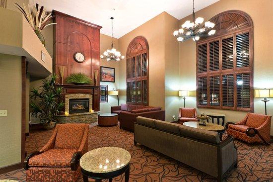Show Low, AZ: Hotel Lobby