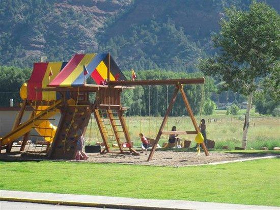 Iron Horse Inn: Playground