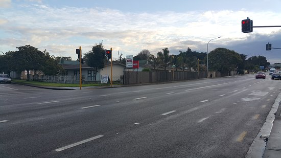 Otahuhu, New Zealand: 20170807_080026_large.jpg