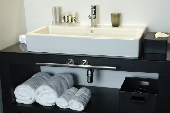 Anderlecht, Belgium: Bathroom at Be Manos Hotel Brussels
