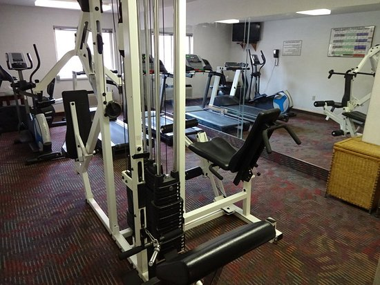 Vernon, CT: Fitness Room