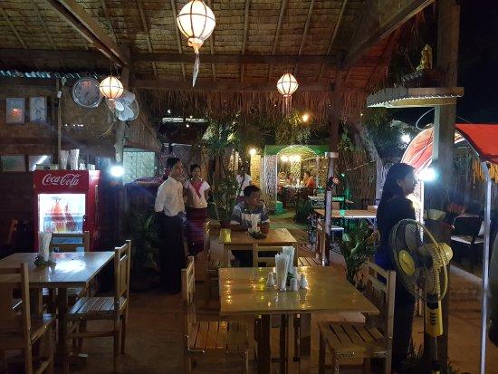 Nyaung U, Μιανμάρ: Amazing Bibo😍
