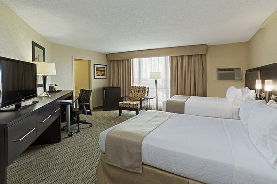 Holiday Inn Miami International Airport: Newly Refreshed Double Bed Guest Rooms