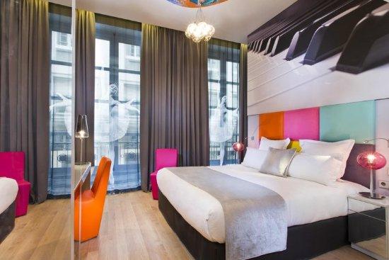 Lyric Hotel Paris: 813277 Guest Room