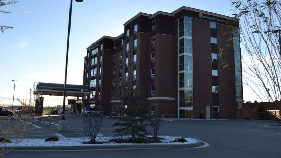 New Holiday Inn Express & Suites Cold Lake hotel in downtown