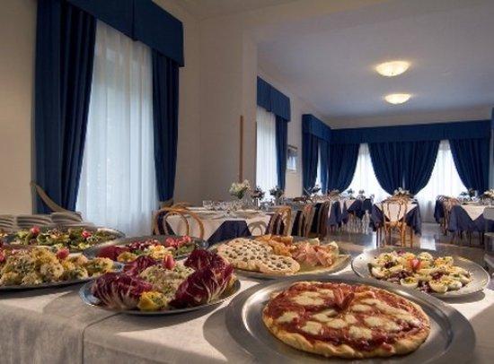 Hotel roma bewertungen fotos sestola italien for Restaurant italien 95