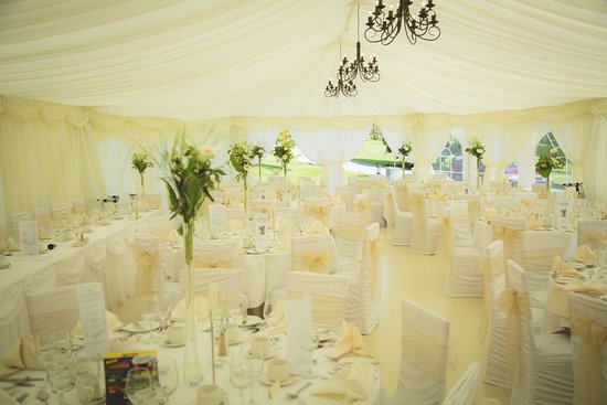 Fernhill House Hotel: Our dinner marquee.