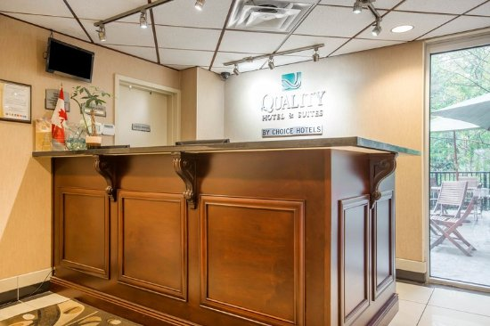 Langley, Canada: Front desk