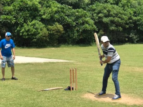 Botanix Nature Resort: Playing Cricket