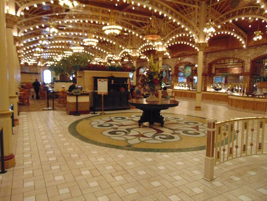 Garden Court Buffet : Lobby of the buffet