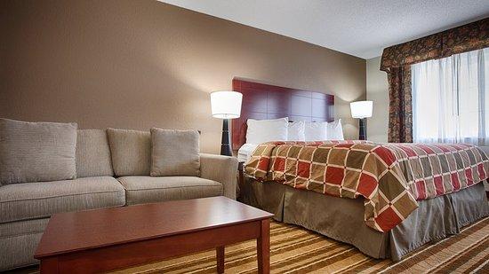 BEST WESTERN Old Mill Inn: Guest Room