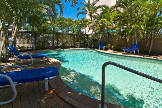 Budds Beach Apartments: Pool